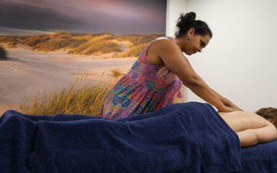 ACTIE MASSAGE | GRATIS Hotstone massage bij jaarabonnement